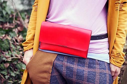 Kabelky - Ledvinka MontMat s páskem červená - 13220280_