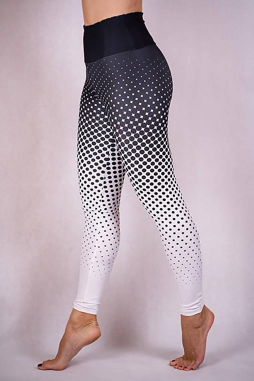 Nohavice - Funkčné legíny - bodky - 13220141_