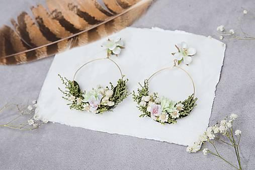 """Kvetinové kruhové náušnice """"jarný vánok"""""""