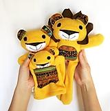 Hračky - Maňuška lev - Rodinka Kráľových od Tichej pláne - 13226481_