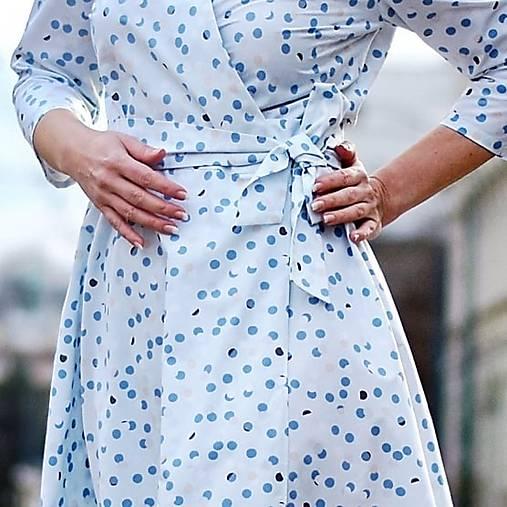 """Šaty - GRÉTA - zavinovacie šaty """"svetlomodré bodky"""" - 13230187_"""