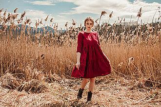 Šaty - Dámske riasené ľanové šaty - Stehlík - 13234641_