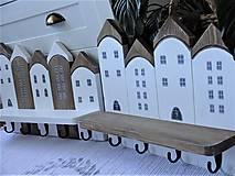 Nábytok - Biely domčekový vešiak - 13235516_