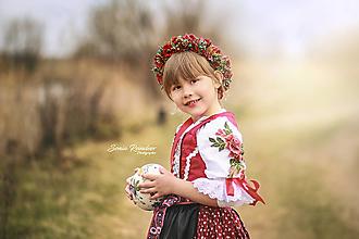 Ozdoby do vlasov - červený kvetinový venček na štýl party UNI VEĽKOSŤ - 13237039_