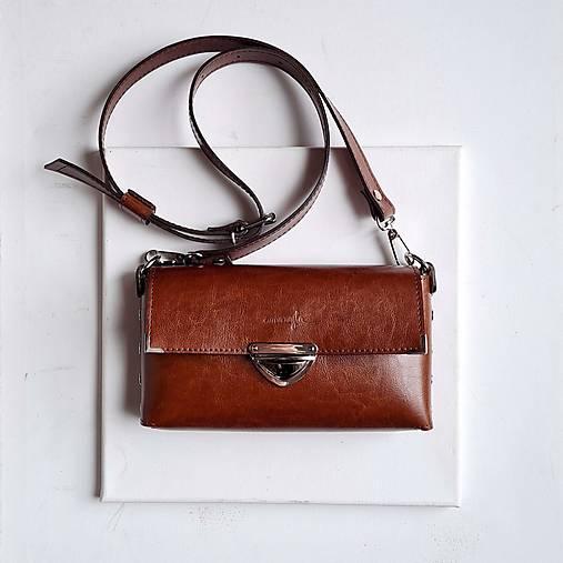 Kabelky - Kožená kabelka MidiMe (čokoládová) - 13234932_