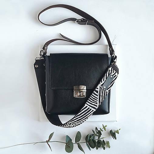 Kabelky - Kožená kabelka Nia (čierna) - 13234937_