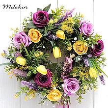 Dekorácie - Celoročný veniec fialovo-žltý II - 13236445_