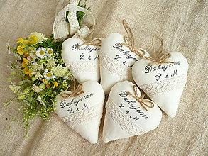 Darčeky pre svadobčanov - Srdiečka levanduľové ,vintage  s textom - 13239350_