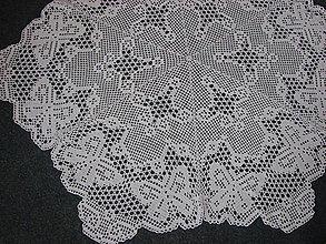 """Úžitkový textil - háčkovaný obrus """"veľké motýle"""" - 13239003_"""