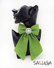Odznaky/Brošne - Dámsky motýlik - luxusný - zelený - bodkovaný - brošňa - 13239157_