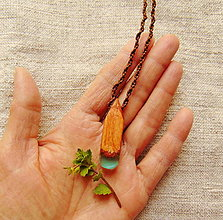 Náhrdelníky - Náhrdelník drevo a živica - 13240875_