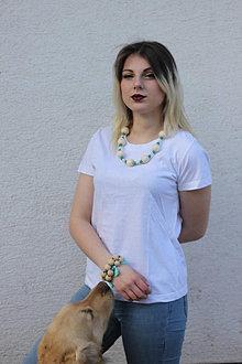 Náhrdelníky - Drevený náhrdelník tyrkysový - 13238428_