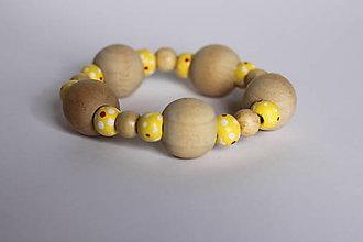 Náramky - Bohoštýlový náramok žltý /drevený/ bodkovaný - 13238671_