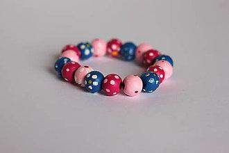 Detské doplnky - Detský drevený kvetinkový náramok - 13238955_