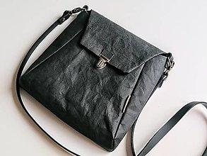 Kabelky - Čierna mini kabelka z veganskej kože. - 13245789_