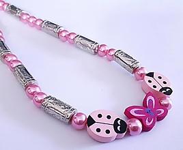 Náhrdelníky - Náhrdelník lienky-ružový - 13242463_