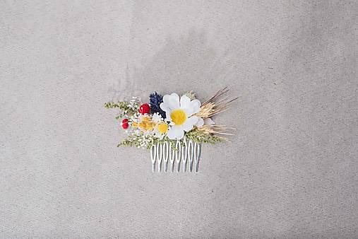 """Kvetinový hrebienok """"piesne v lupeňoch margarétok"""""""