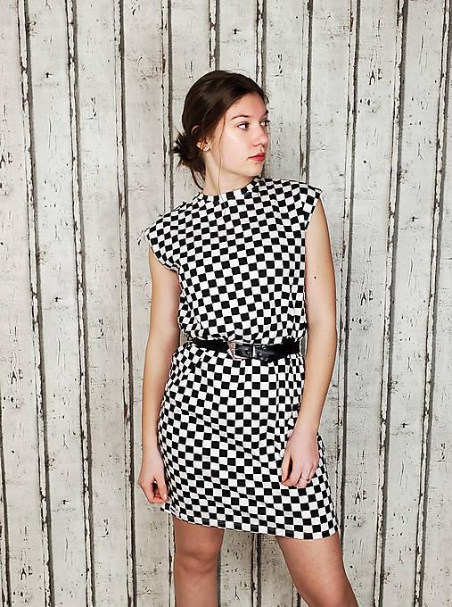 Šaty - Dámské rovné šaty- šachovnice černobílá - 13242793_