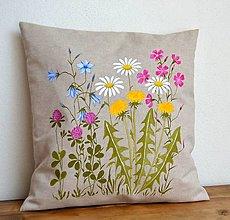 Úžitkový textil - Vankúš-ručne maľovaný - Pestré lúčne kvety - 13247191_