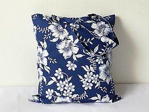 Nákupné tašky - Nákupná taška veľké kvety na modrej - 13249174_