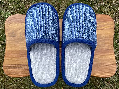 Modro-šedé papuče