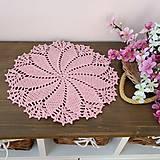 Úžitkový textil - Háčkovaný obrúsok - 13251426_
