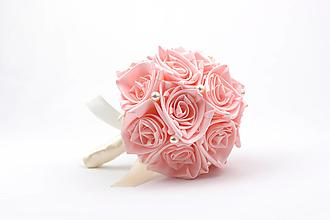 Kytice pre nevestu - Saténová kytica svadobná ružovo-smotanová ruže - 13253093_