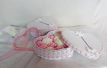 Košíky - Svadobné srdcia s poklopom /ks - 13252856_