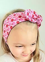 Detské doplnky - Detská čelenka na viazanie s dekoračným uzlíkom - RUŽOVÉ JABĹČKA - 13259564_