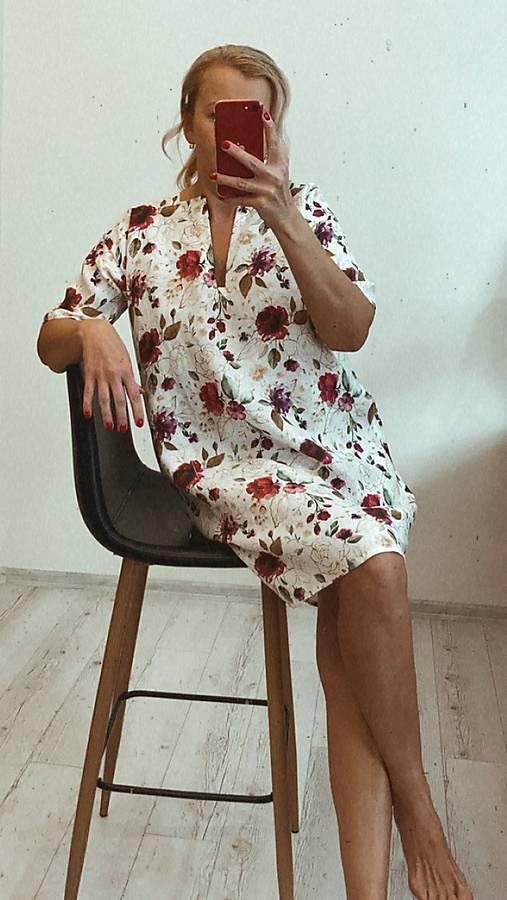 Šaty - Ľanové Šaty/ Tunika s Vreckami /zlaté kvety/ - 13266712_