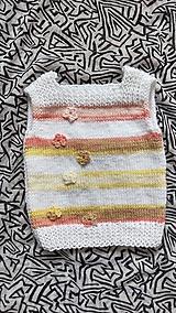 Detské oblečenie - Vesticka - kvietočky najmenšia - 13264982_