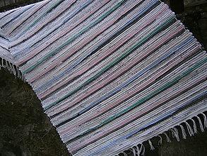 Úžitkový textil - tkany koberec pastelovy - 13268820_