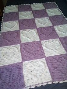 Textil - Detská háčkovaná deka srdiečková- na objednávku v rôznych farbách - 13270160_