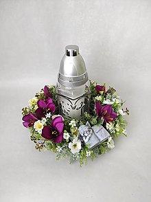 Dekorácie - Spomienková dekorácia so svietnikom - 13269236_