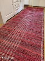 Úžitkový textil - tkaný koberec 70 x 400cm mix bordová - 13271594_