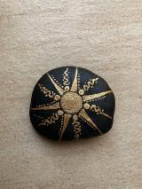Dekorácie - Maľovaný kameň - Slnečná erupcia II. - 13274457_