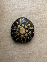Dekorácie - Maľovaný kameň - Slnečná erupcia - 13274487_