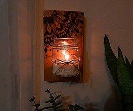 Dekorácie - Závesná drevená dekorácia - 13275256_