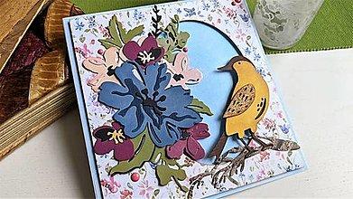 Papiernictvo - Kvetinky a vtáčik pohľadnica - 13278366_