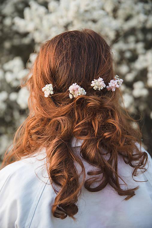 """Kvetinové vlásenky """"tajomstvá bielych perín"""""""