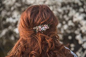 """Ozdoby do vlasov - Kvetinový mini hrebienok """"láska na perách"""" - 13277185_"""