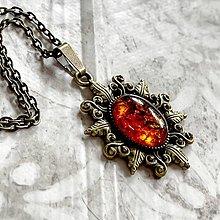 Náhrdelníky - Amber Bronze Necklace / Bronzový náhrdelník s jantárom - 13283586_
