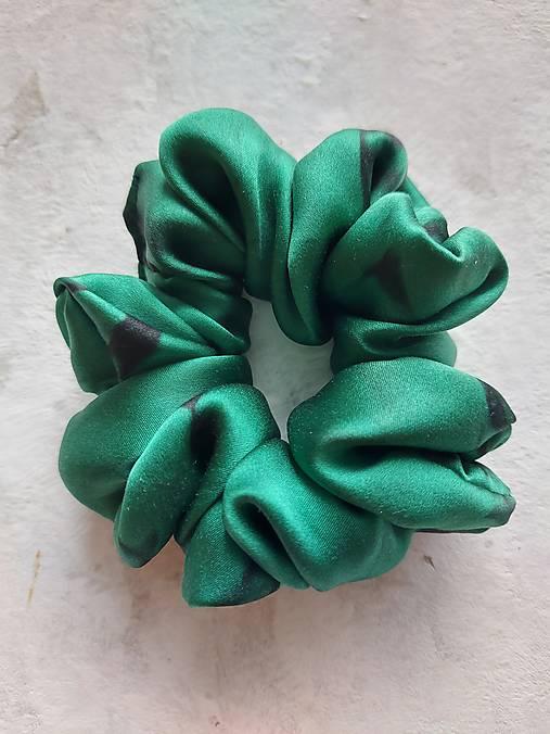 """Ozdoby do vlasov - Hodvábna gumička do vlasov -""""Smaragdovo-zelená"""" - 13281563_"""