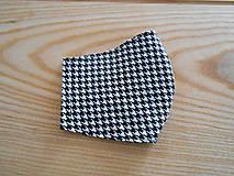 Rúška - Rouška bílá s černou - kohoutí stopy - 13281361_