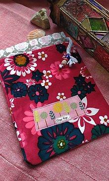 Úžitkový textil - Malé zamatové vrecúško na poklady - 13287629_