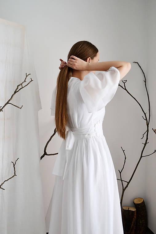 Svadobné midi šaty z hodvábneho voálu a tencelu (+ kvetovaný opasok)