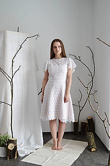 Šaty - Upcyklované (svadobné) mini šaty z vintage krajky - 13286154_