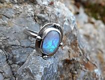 Prstene - Strieborný Prsteň s Austrálskym drahým Opálom - 13290544_