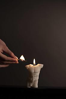 Svietidlá a sviečky - Torso - Male Body - 13291611_