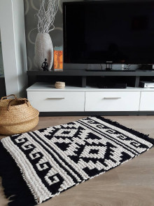 Úžitkový textil - Koberček v etno štýle - 13291436_